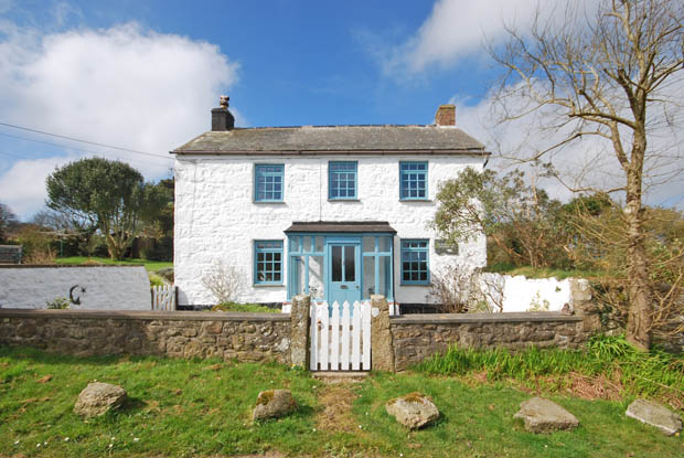 Pretty Farmhouse in West Penwith